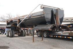 2007 Clement End Dump Trailer
