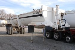 2004 Ranco ED26-34 End Dump Trailer